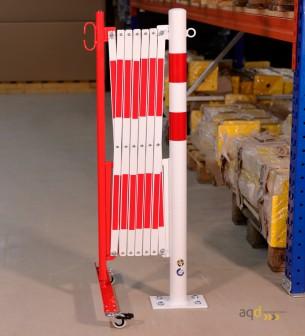 Barrera extensible con ruedas y poste redondo, rojo-blanco, long. 3,6 m - Barrera extensible con ruedas y poste cilíndrico/re...